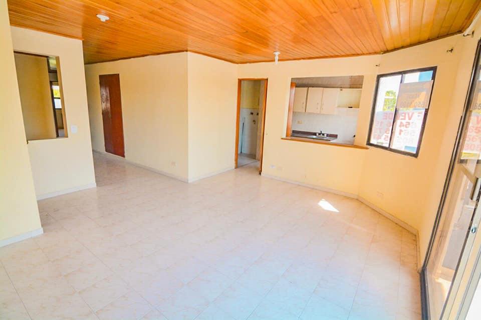 Lindo y amplio apartamento en Crespo