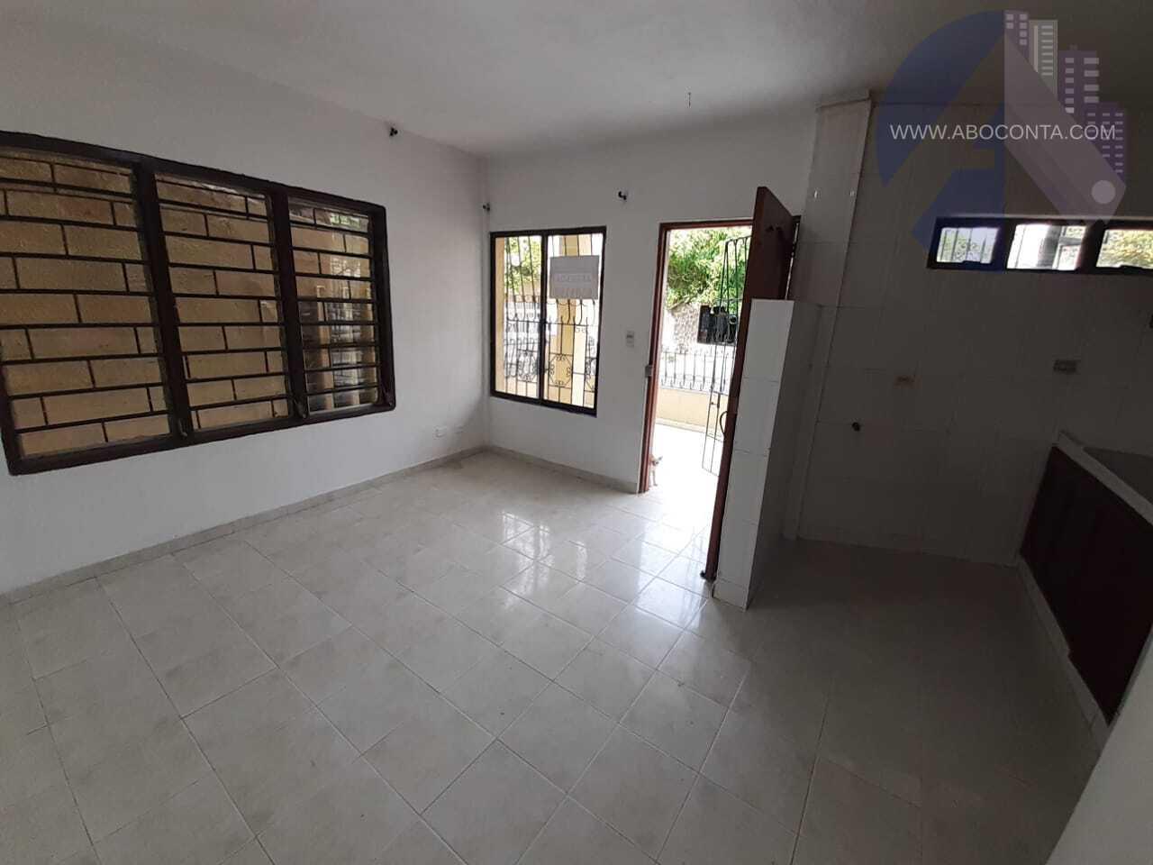 Amplio apartamento en Canapote  (Primer Piso)