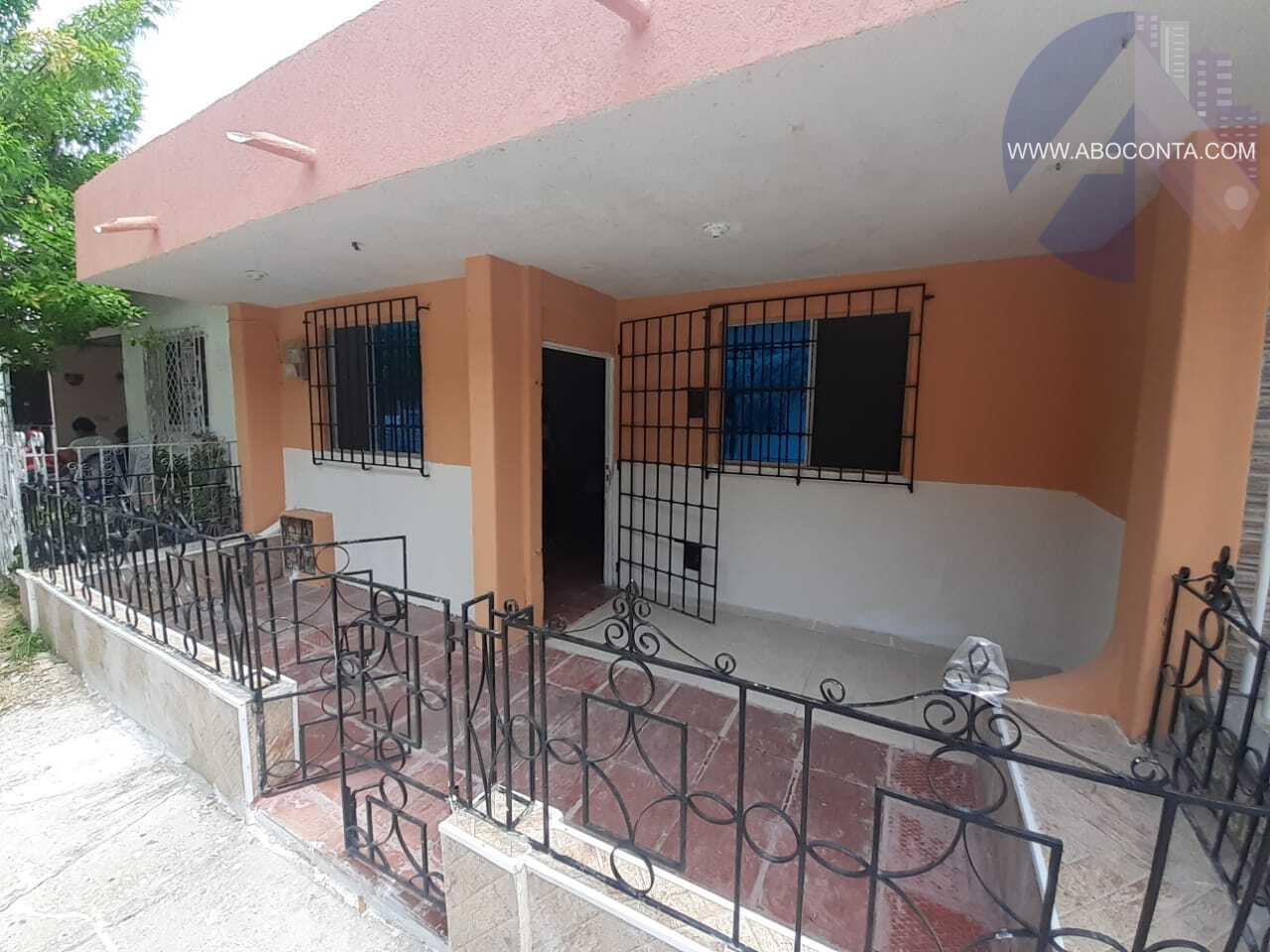 Casa amplia en barrio Simón Bolívar