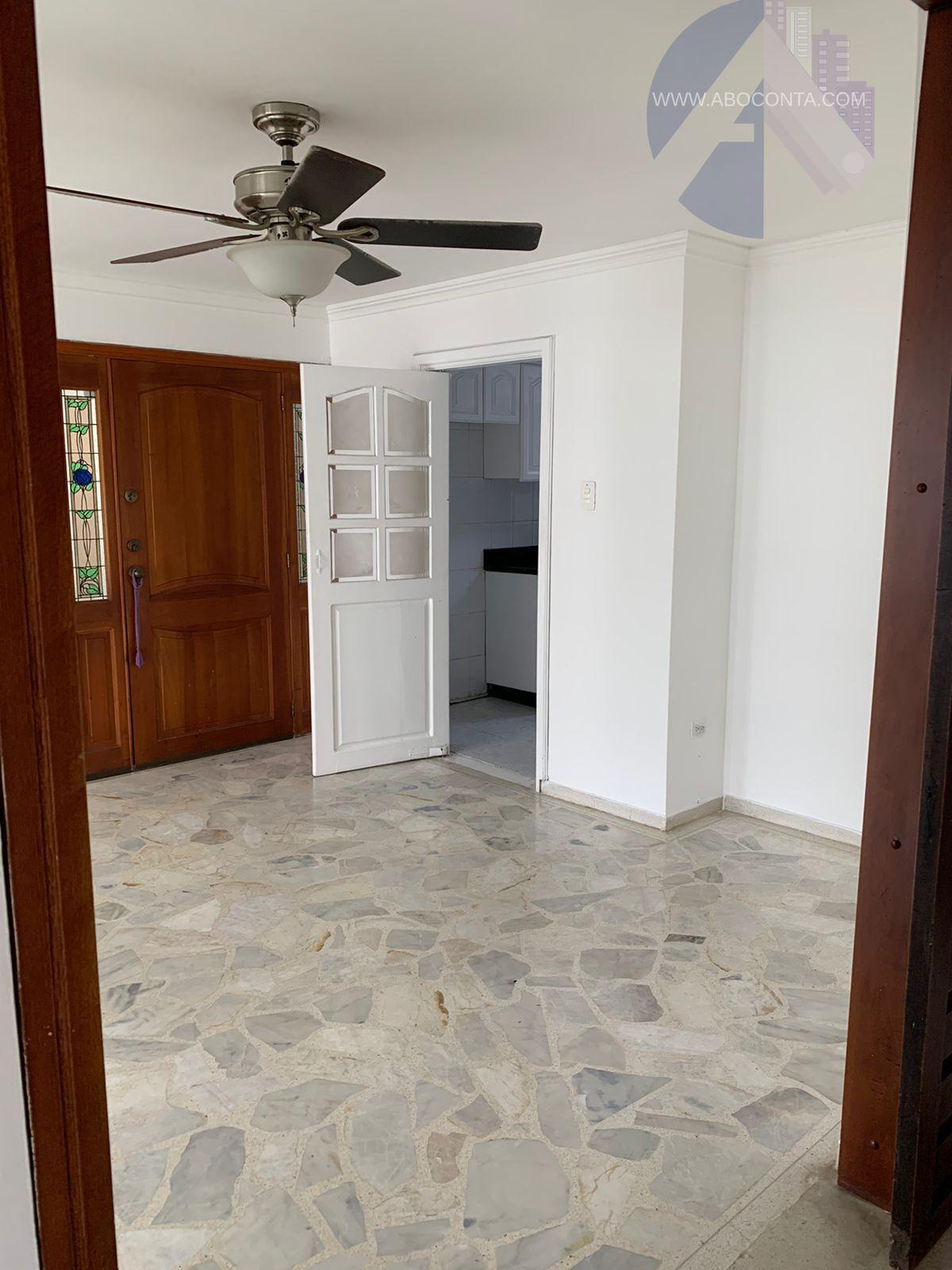 Confortable apartamento amplio para arriendo
